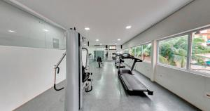 The fitness center and/or fitness facilities at Amazon Plaza Hotel