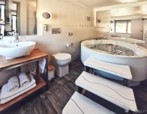 A bathroom at Hotel San Giorgio