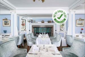 A restaurant or other place to eat at Muthu Belstead Brook Hotel