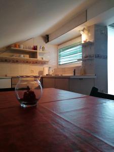 Kuchyň nebo kuchyňský kout v ubytování Apartments Tatjana