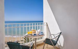 Een balkon of terras bij Holiday Inn Algarve - Armação de Pêra