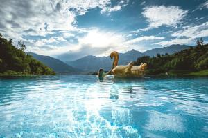 Der Swimmingpool an oder in der Nähe von Prinz Rudolf Smart Hotel