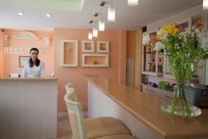 Лоби или рецепция в Хотел Акрополис