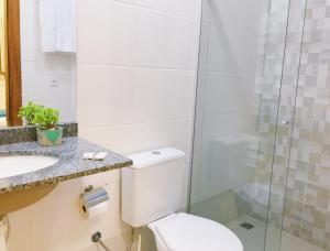 A bathroom at Cuiabá House & Hostel
