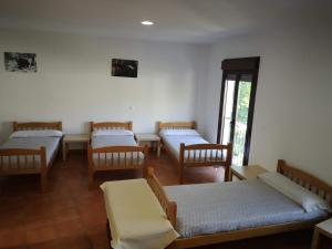 A bed or beds in a room at Aula Naturaleza Cazorla