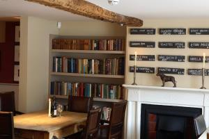 The library in the inn