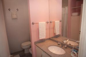 A bathroom at Buenos Aires Apart