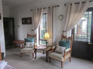 A seating area at Dio Dell Amore Guest House