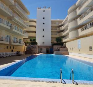 The swimming pool at or near Marina Vilamoura Apartment