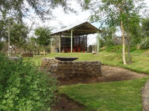A garden outside Teri-Lemveli Lodge