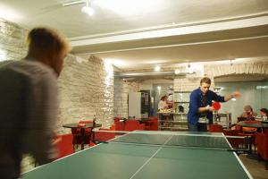 Table tennis facilities at 16eur - Fat Margaret's or nearby