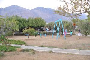 Ο χώρος παιχνιδιού για παιδιά στο Dolphin Apartments