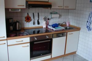 Küche/Küchenzeile in der Unterkunft Ferienwohnung Rennsteigblick