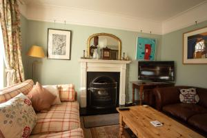 A seating area at The Artists Cottage