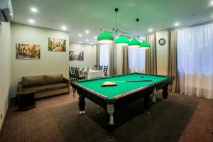 Бильярд в Отель Новинка