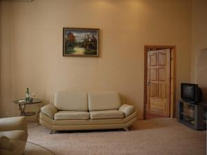A seating area at Rentday Apartments - Kiev