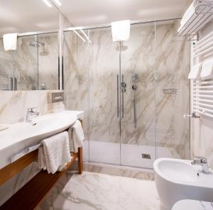 Ванная комната в Best Western Hotel Nazionale