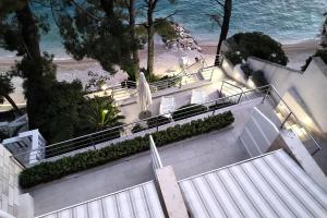 A balcony or terrace at Sun Residence Brela