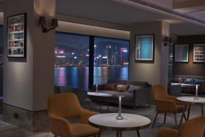 The lounge or bar area at New World Millennium Hong Kong Hotel