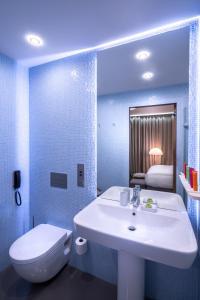Ванная комната в Дизайн Отель СтандАрт. A Member of Design Hotels