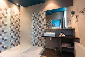 A bathroom at Zakske 13