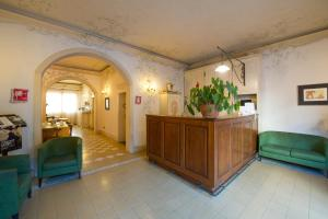 Hall o reception di Hotel Moderno