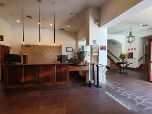 The lobby or reception area at Hotel San Antonio el Real