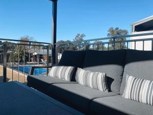 A balcony or terrace at Bundalong Villas