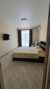 A bed or beds in a room at комфортные евродвушки