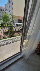 A balcony or terrace at комфортные евродвушки