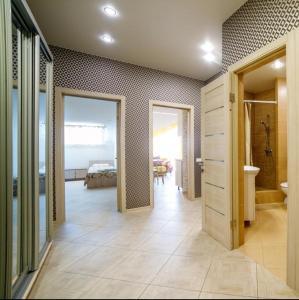 A bathroom at Apartment on Krymskaya
