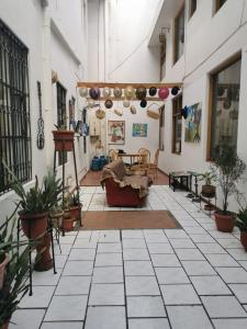 O saguão ou recepção de Hotel Rosim