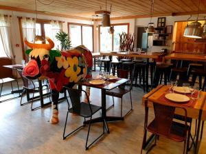 Restaurant ou autre lieu de restauration dans l'établissement The Originals Annemasse Sud - Porte de Genève