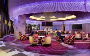 The lounge or bar area at Seneca Niagara Resort & Casino - Adults Only