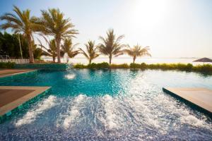 The swimming pool at or close to Pearl Hotel & Spa