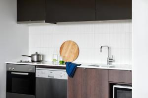 A kitchen or kitchenette at Punthill Dandenong