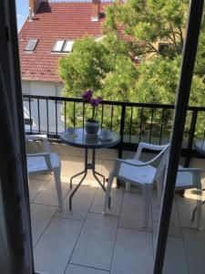 A balcony or terrace at Mosoly Szallashely