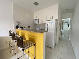 A kitchen or kitchenette at Apartamento Eco Ribeira