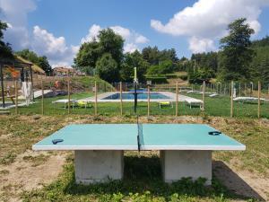 Attrezzature per ping pong presso Agriturismo Podere Omomorto o nelle vicinanze