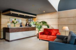 The lobby or reception area at Sunotel Junior