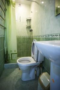 Ванная комната в Арианна