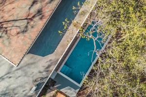 A view of the pool at Ocean Breeze House - Modern Villa W/Pool Sleeps 4 or nearby