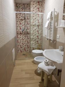 A bathroom at Villa Aricia