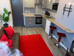 A kitchen or kitchenette at Eastfield Mews 3/4 beds upto 5 guests