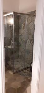 A bathroom at Filenia