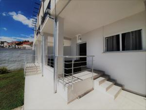 A balcony or terrace at Apartments Muminovic