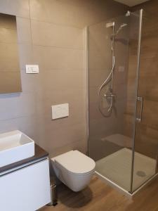 A bathroom at Beachfront Studio Palma