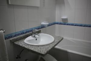 Um banheiro em Residencial Joao Capela
