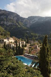 A view of the pool at Belmond La Residencia or nearby