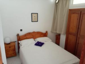 A bed or beds in a room at Surf Maroc Taghazout Apartment